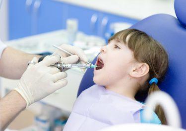 緊張しないで!歯医者が教える麻酔の種類と副作用