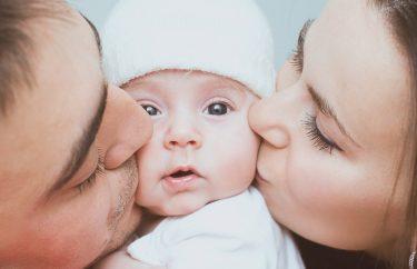 赤ちゃんに虫歯をうつさないために知っておくべき4つのこと