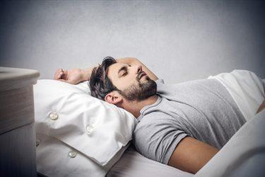 いびきはサイン!睡眠時無呼吸症候群のマウスピース治療