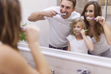 歯科衛生士が教える歯磨き方法!時間/回数/タイミング