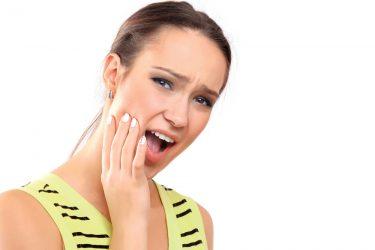 歯を失うこともある!歯の根が折れる歯根破折の原因と治療法